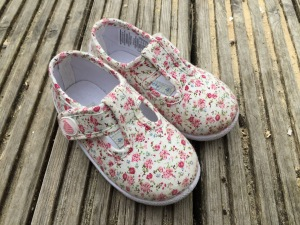 Jo Jo Maman Bebe Canvas Summer Shoes Ditsy